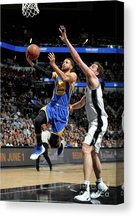 Nba Pro Basketball Canvas Print featuring the photograph Stephen Curry by Mark Sobhani
