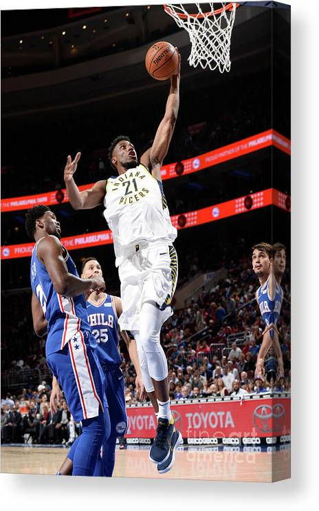 Nba Pro Basketball Canvas Print featuring the photograph Thaddeus Young by David Dow