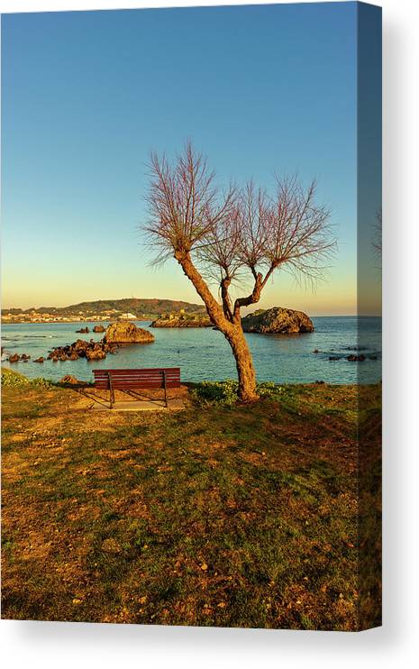 Ris Canvas Print featuring the photograph The Beach Of The Ris In Noja, Cantabria by Vicen Photography