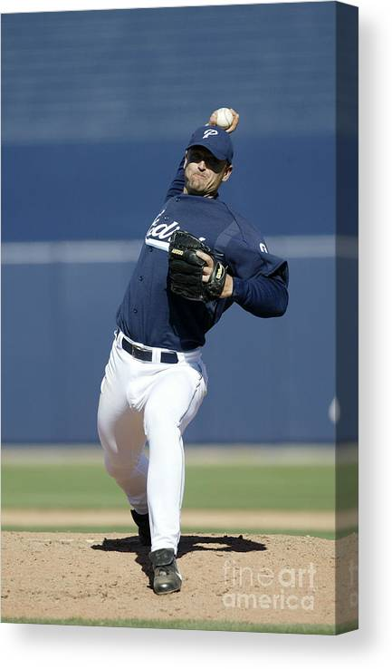 Peoria Sports Complex Canvas Print featuring the photograph Trevor Hoffman by Jeff Gross