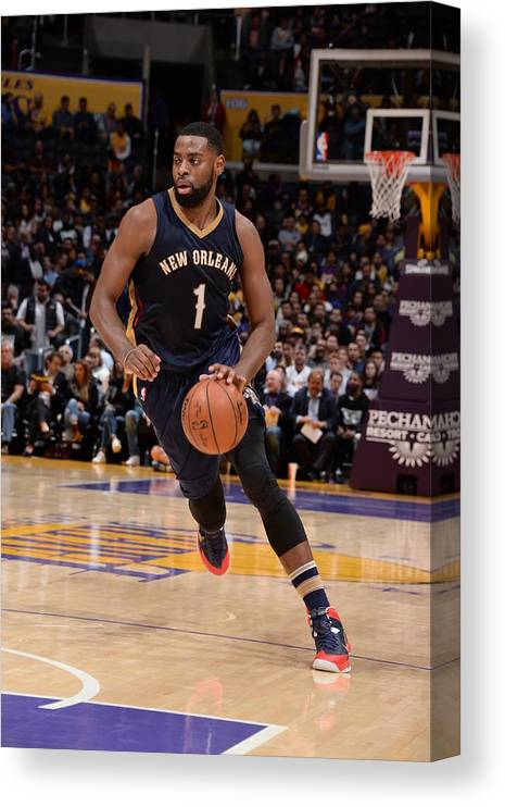 Nba Pro Basketball Canvas Print featuring the photograph Tyreke Evans by Andrew D. Bernstein