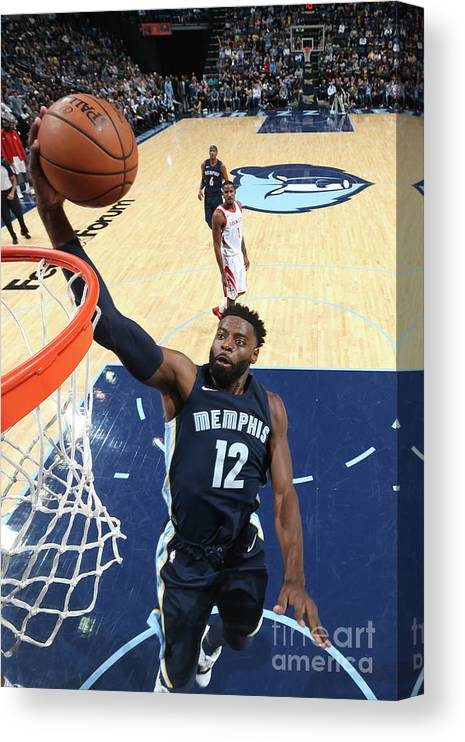 Nba Pro Basketball Canvas Print featuring the photograph Tyreke Evans by Joe Murphy