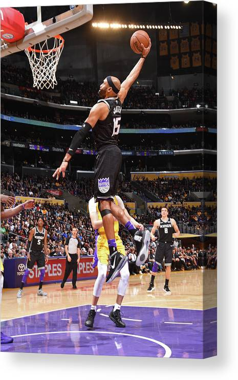 Nba Pro Basketball Canvas Print featuring the photograph Vince Carter by Andrew D. Bernstein