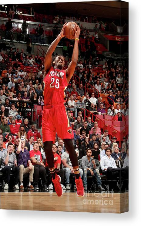 Nba Pro Basketball Canvas Print featuring the photograph Wayne Selden by Issac Baldizon