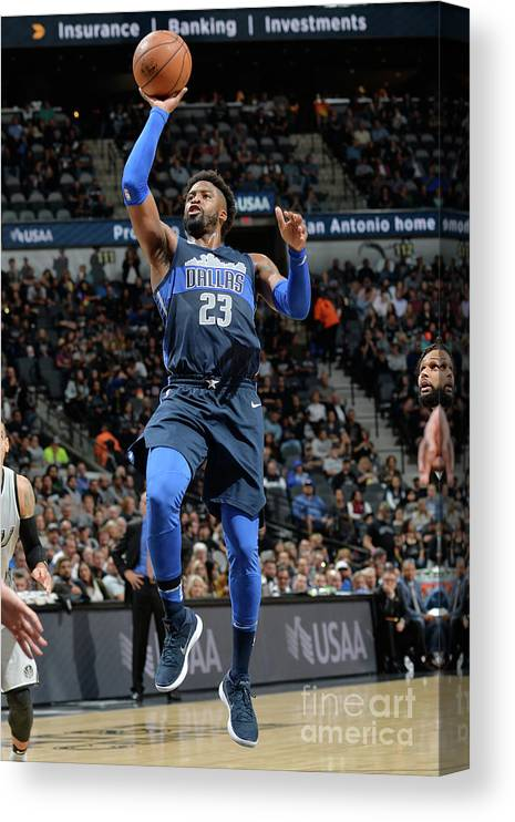 Nba Pro Basketball Canvas Print featuring the photograph Wesley Matthews by Mark Sobhani