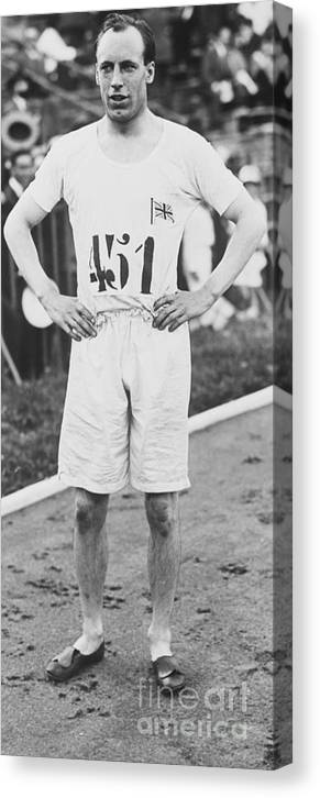 The Olympic Games Canvas Print featuring the photograph 1924 Olympic 400-meter Winner Eric by Bettmann