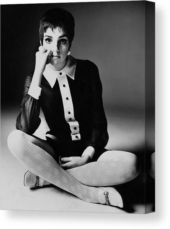 Personality Canvas Print featuring the photograph Liza Minnelli Wearing A Joan Arkin Dress by Bert Stern