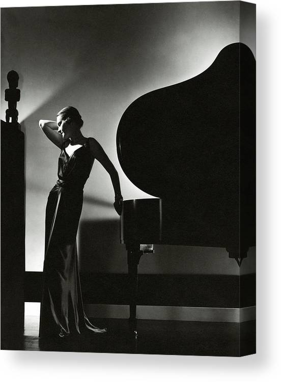 Fashion Canvas Print featuring the photograph Margaret Horan Posing Beside A Piano by Edward Steichen
