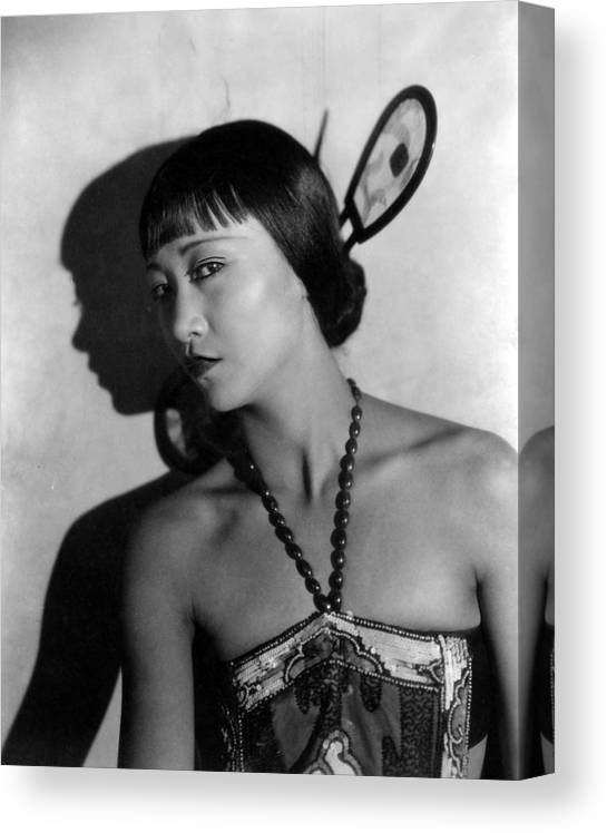 1920s Movies Canvas Print featuring the photograph The Thief Of Bagdad, Anna May Wong by Everett
