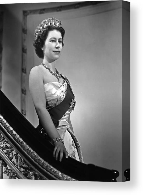 1950-1959 Canvas Print featuring the photograph Queen Elizabeth II Portrait by Michael Ochs Archives