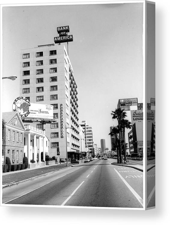 East Canvas Print featuring the photograph Looking East On Wilshire Boulevard by American Stock Archive