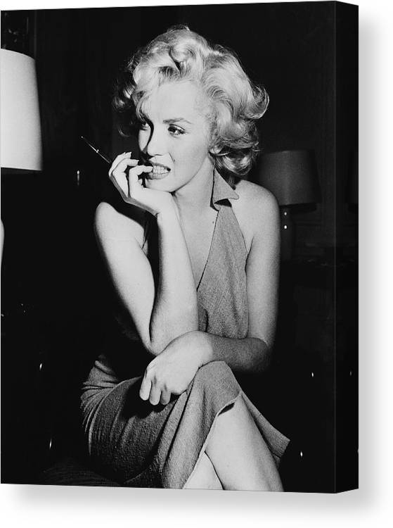 Marilyn Monroe Canvas Print featuring the photograph Marilyn Monroe by Keystone Features