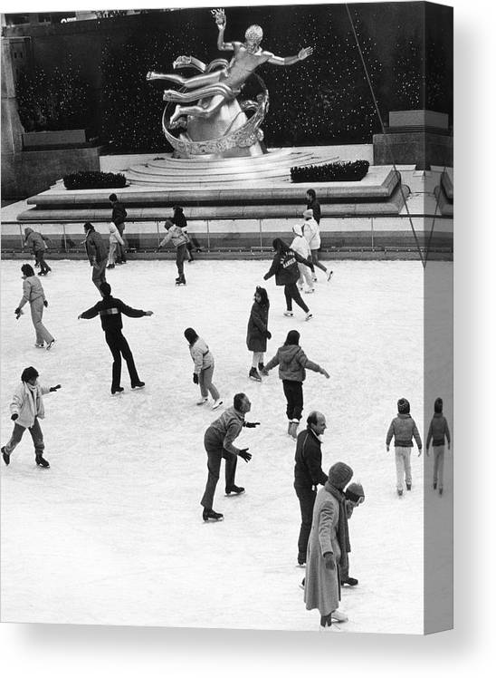 1980-1989 Canvas Print featuring the photograph Rockefeller Center by The New York Historical Society