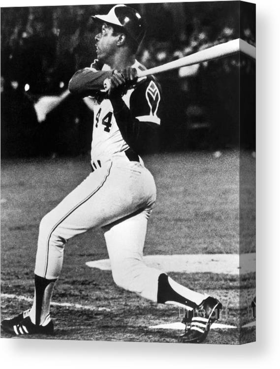 Sports Bat Canvas Print featuring the photograph Hank Aaron by National Baseball Hall Of Fame Library