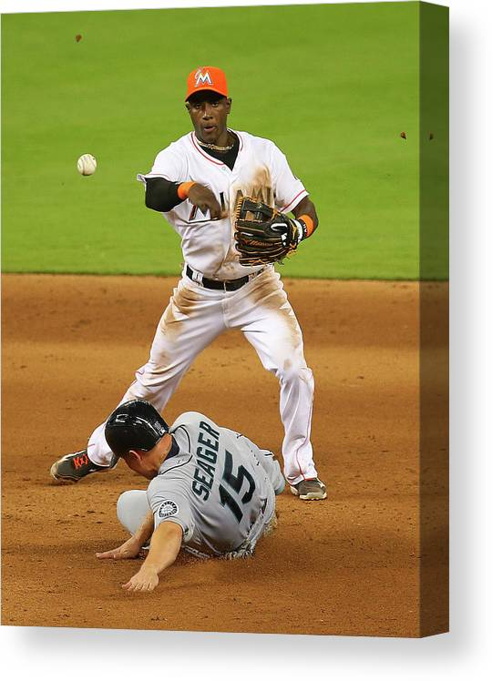 Double Play Canvas Print featuring the photograph Adeiny Hechavarria and Kyle Seager by Mike Ehrmann