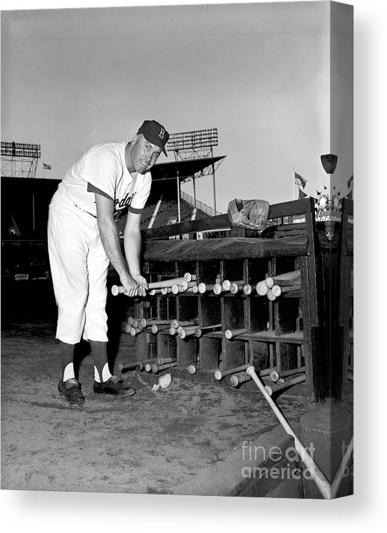 1950-1959 Canvas Print featuring the photograph Duke Snider by Olen Collection