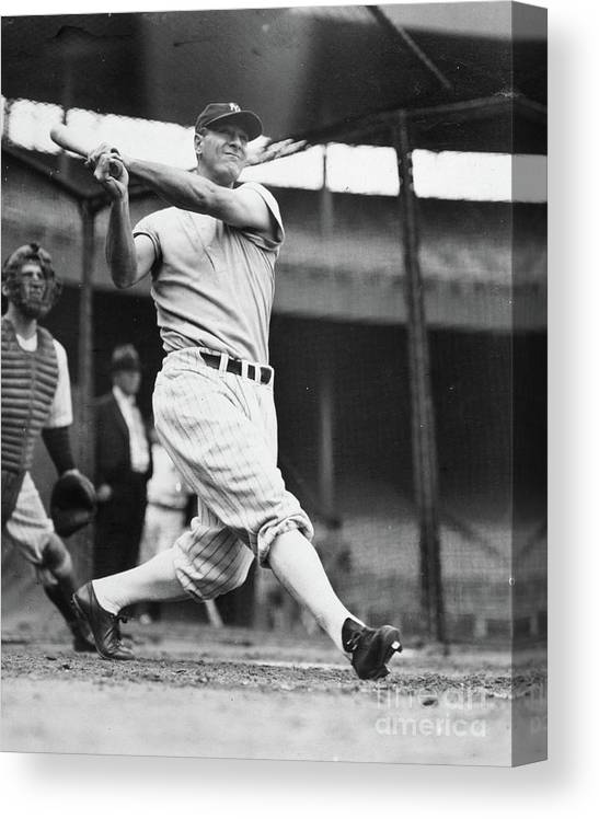 1930-1939 Canvas Print featuring the photograph Lou Gehrig by Transcendental Graphics