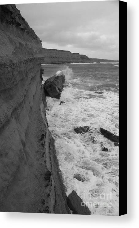 Breaking Waves Canvas Print featuring the photograph Breaking by Amanda Holmes Tzafrir