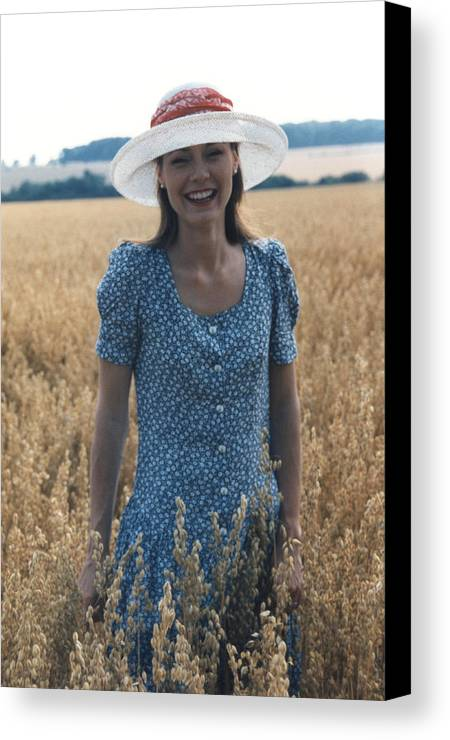 Girl Canvas Print featuring the photograph Laughter by Ted Denyer