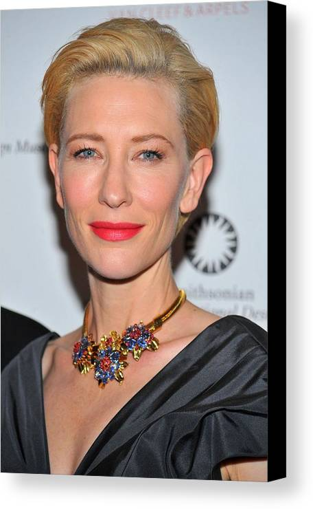 Cate Blanchett Canvas Print featuring the photograph Cate Blanchett Wearing A Van Cleef & by Everett