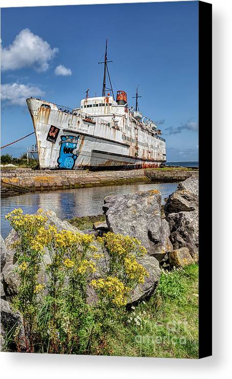 Abandoned Canvas Print featuring the photograph The Duke by Adrian Evans