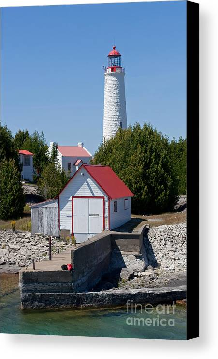 Lighthouse Canvas Print featuring the photograph Cove Island Lighthouse by Barbara McMahon