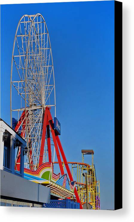 Fair Canvas Print featuring the photograph Oc Winter Ferris Wheel by Skip Willits
