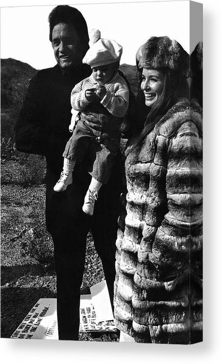 Johnny Cash And Family Old Tucson Az Cue Cards Canvas Print featuring the photograph Johnny Cash And Family Old Tucson Arizona 1971 by David Lee Guss