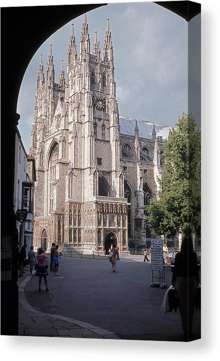 Cathedral Canvas Print featuring the photograph Canterbury Cathedral England by Richard Singleton