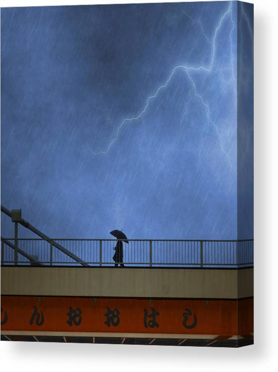 Bridge Canvas Print featuring the photograph Strolling In The Rain by Juli Scalzi