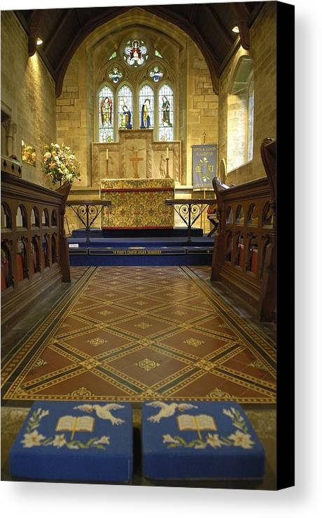 Europe Canvas Print featuring the photograph United Kingdom. Lower Slaughter by Everett