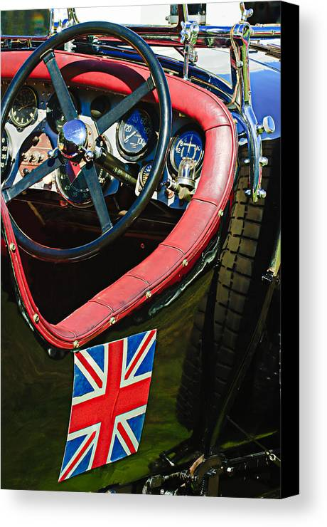 1931 Bentley 4.5 Liter Supercharged Le Mans Steering Wheel Canvas Print featuring the photograph 1931 Bentley 4.5 Liter Supercharged Le Mans Steering Wheel -1255c by Jill Reger