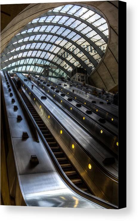 Canary Wharf Canvas Print featuring the photograph Canary Wharf Station by David Pyatt