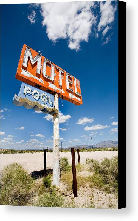 Arizona Canvas Print featuring the photograph Abandoned Motel by Peter Tellone