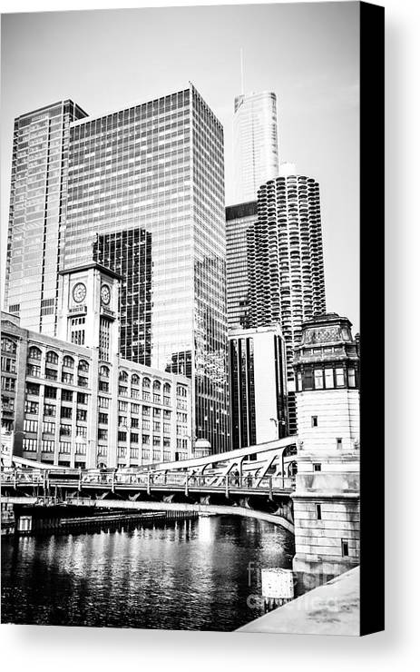 America Canvas Print featuring the photograph Black And White Picture Of Chicago At Lasalle Bridge by Paul Velgos