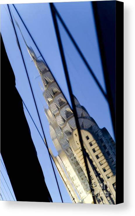 Chrysler Canvas Print featuring the photograph Chrysler Building by Tony Cordoza