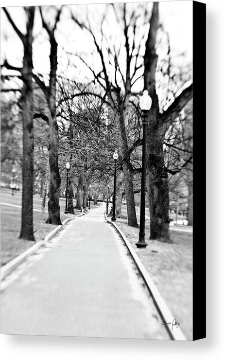 Black & White Canvas Print featuring the photograph Commons Park Pathway by Scott Pellegrin