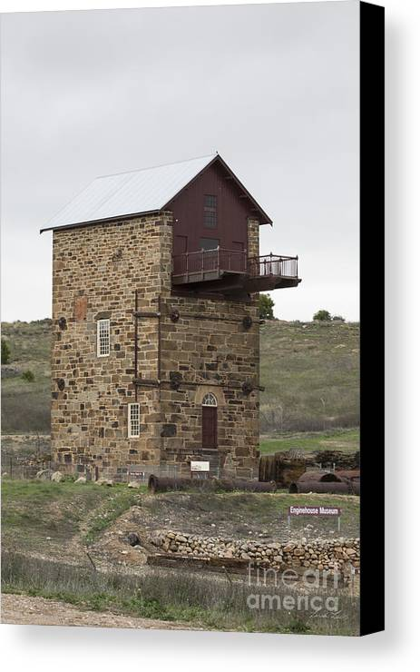 Burra Canvas Print featuring the photograph Copper Mine Enginehouse by Linda Lees