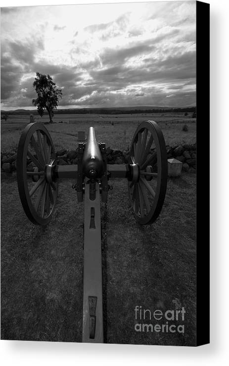 Gettysburg Canvas Print featuring the photograph In The Sights At Gettysburg by James Brunker