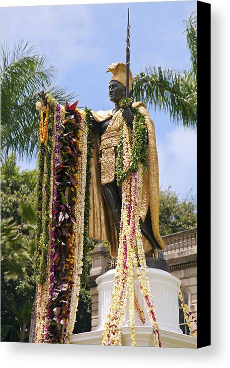 Aliiolani Canvas Print featuring the photograph Kamehameha Covered In Leis by Brandon Tabiolo