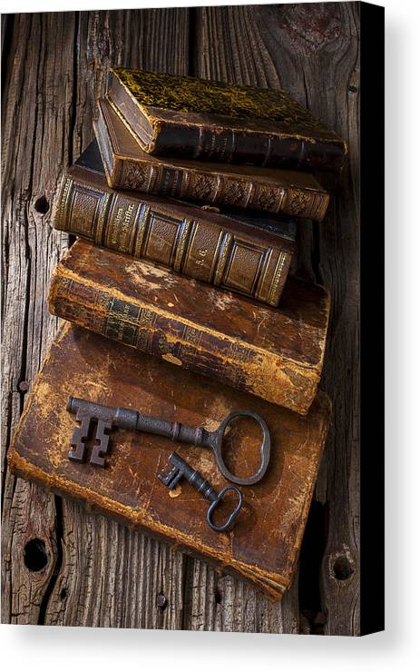Key Canvas Print featuring the photograph Love Reading by Garry Gay
