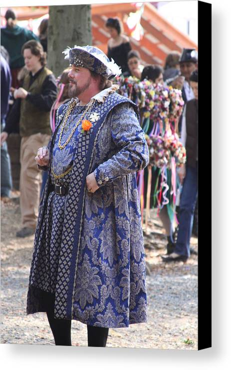 Maryland Canvas Print featuring the photograph Maryland Renaissance Festival - People - 121250 by DC Photographer