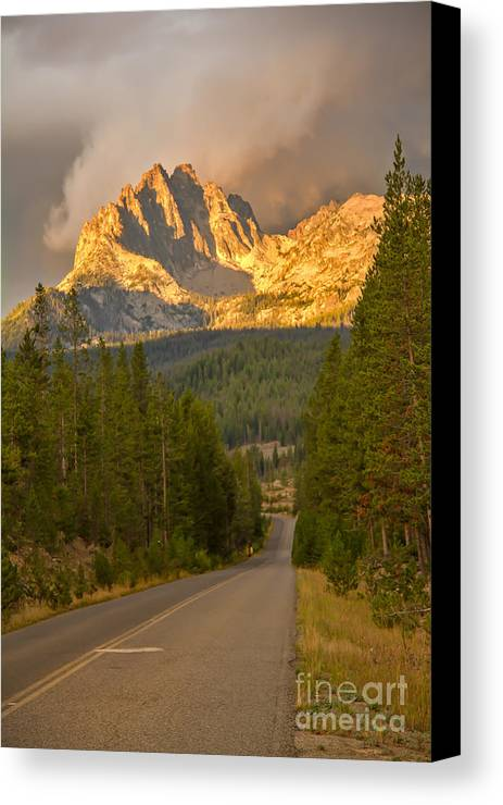 Rocky Mountains Canvas Print featuring the photograph Mount Heyburn by Robert Bales