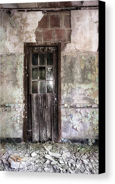 Old Door Canvas Print featuring the photograph Old Door - Abandoned Building - Tea by Gary Heller