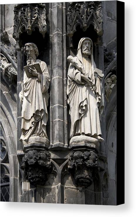 Statues Of The Cathedral Of Aachen Canvas Print featuring the photograph Statues Of The Aachen Cathedral Germany by Ronald Jansen
