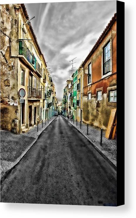 Lisboa Canvas Print featuring the photograph Cores De Lisboa - Lisbon Colors by Ricardo Quintas