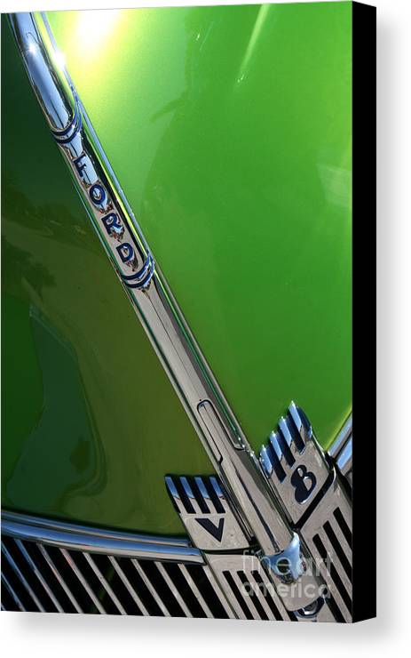 1940 Canvas Print featuring the photograph 40 Ford - Grill Detail-8610 by Gary Gingrich Galleries