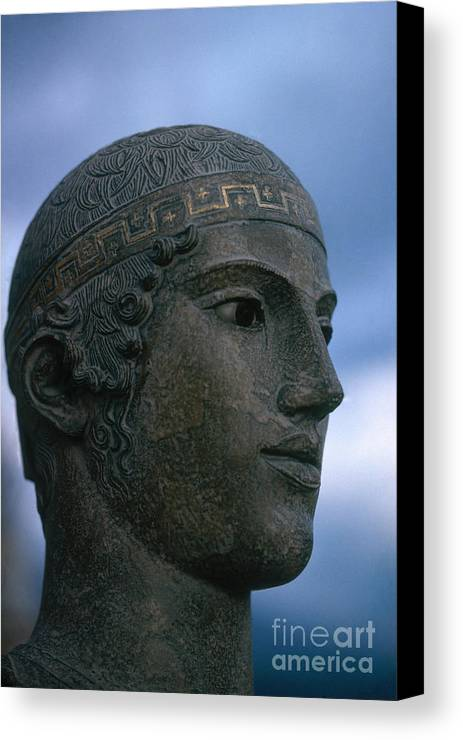 Statue Canvas Print featuring the photograph Charioteer Of Delphi by Photo Researchers