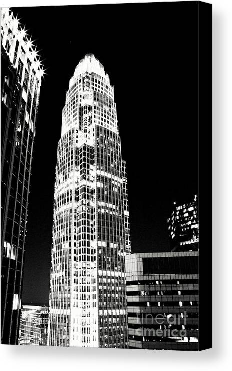 Charlotte Canvas Print featuring the photograph Charlotte North Carolina Bank Of America Building by Kim Fearheiley