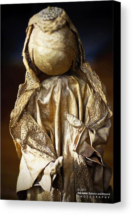 Angel Canvas Print featuring the photograph Christmas Angel by Vicki Jauron